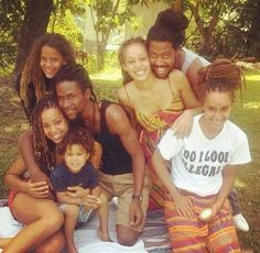 Whole family loc'kd up!!