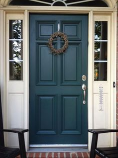 Check out these incredible traditional front doors - what an imaginative .Check out these incredible traditional front doors - what an inventive project ideas Teal Door Colors brick ideas turquoise door colors brick Teal Front Doors, Teal Door, Turquoise Door, Front Door Paint Colors, Painted Front Doors, Painted Exterior Doors, Exterior Door Colors, House Paint Exterior, House Front Door