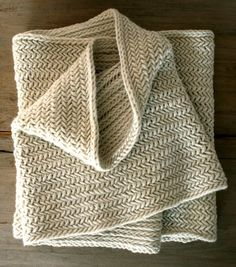 This cowl was inspired by Joelle's classic Herringbone Poncho from her very first book, Last Minute Knitted Gift