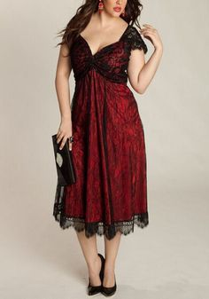 Red Flowers Lace Cleavage A-line Cap Sleeve Plus Size Homecoming Maxi Dress