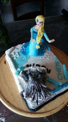 Elsa vs böser drache Elsa, Cake, Desserts, Food, Kite, Pie Cake, Meal, Cakes, Deserts
