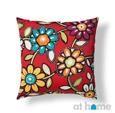 Beautiful flowers on top of bright red! #patio #pillow #athomefinds