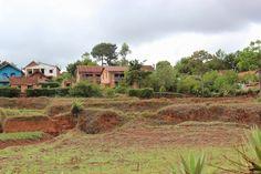 Rinkka selässä maailman ympäri: Trekkipäivä 1- Madagaskarilaiseen elämään tutustum...