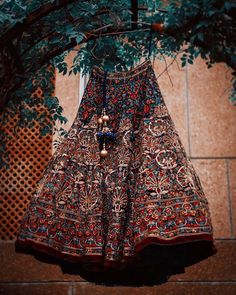 Looking for Bridal Lehenga for your wedding ? Dulhaniyaa curated the list of Best Bridal Wear Store with variety of Bridal Lehenga with their prices Sabyasachi Lehenga Bridal, Indian Bridal Lehenga, Indian Bridal Outfits, Indian Designer Outfits, Lehenga Choli, Bollywood Lehenga, Latest Bridal Lehenga, Banarsi Saree, Indian Dresses
