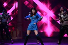 Kriti Sanon performed at the opening ceremony of T20 Mumbai Cricket League