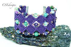 Beaded diamonds micro macrame bracelet