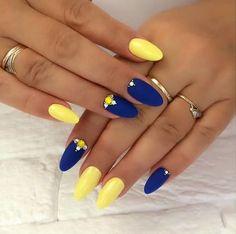 vernis flormar Ongles bleu et jaune Nails Yellow, Yellow Nails Design, Rose Gold Nails, Summer Acrylic Nails, Best Acrylic Nails, Summer Nails, Wedding Nail Polish, Wedding Nails, Cake Wedding