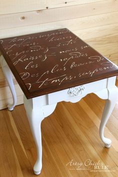 13 White Painted Furniture Makeovers (you can do!) You never knew how versatile white paint could be! Painted End Tables, Metal End Tables, Furniture Repair, Furniture Makeover, Refinished Furniture, Furniture Refinishing, Repurposed Furniture, White Painted Furniture, Chalk Paint Furniture