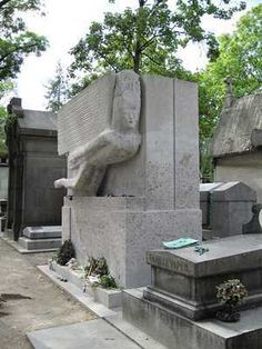 Tomb Of Oscar Wilde @ Pere Lachaise