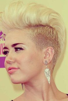 Miley Cyrus haircut! Love it!! <3  but i'm not brave enough to try it!! Or brave enough to be as stupid as her