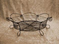 Wire Crafts, Metal Crafts, Craft Materials, Wire Art, Handmade Crafts, Dollar Stores, Metal Art, Needle Felting, Metal Working