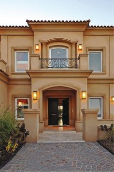 32 Ideas For House Plans Mansion Balconies Classic House Exterior, House Paint Exterior, Dream House Exterior, Exterior Design, Exterior Homes, Exterior Colors, House Front Design, Modern House Design, Style At Home