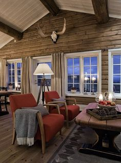 Make That Change - Transitioning to a Contemporary Living Room - Transitional Decor - Cabin Homes, Log Homes, Modern Log Cabins, Chalet Interior, Log Home Decorating, Cozy Cabin, Cottage Interiors, House In The Woods, Halle