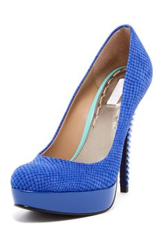 I don't wear heels that often but I like the idea of the textured heels