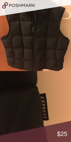 EXPRESS small women's vest Black thick vest EXPRESS women's size small. Rarely worn pet free smoke free home! Express Jackets & Coats Vests