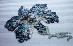 Broderie perles   Missilleane   Parisienne d'adoption, j'aime créer en utilisant…