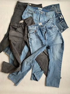 Denim Trends We Can Get Behind How To Look Skinnier, Denim Trends, Muffin Top, Denim Shorts, Skinny Jeans, Legs, How To Wear, Fashion, Jean Shorts