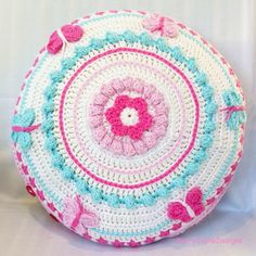 The Butterfly mandala pillow, thinking about writing up the pattern for this, what do you think? @kerryjaynedesigns #crochetpillow #pillowpattern? #crochetmandala #crochetcushion #butterflypillow