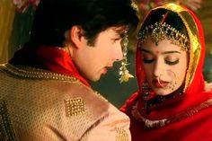 Amrita Rao and shahid Kapoor Bollywood Images, Bollywood Couples, Bollywood Celebrities, Wedding Dress Film, Wedding Movies, Wedding Photoshoot, Katrina Kaif, Old Film Stars, Movie Stars