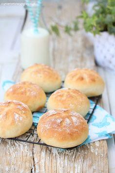bułki z kefirem Polish Recipes, Polish Food, Baking Quotes, Bread Rolls, Kefir, Bread Baking, Food Inspiration, Sweet Recipes, Bakery