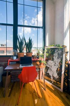 In a converted shoe factory loft from the turn of the century, Emma Fried-Cassorla and James Healy make a 600-square-foot studio in the Callowhill neighborhood of Philadelphia, PA their home. James,an ex-jet engine engineer turned web developer, had been living in the flat for a while before he and Emma,an ex-neuroscientist and now communications manager for the Delaware River Waterfront, decided to move in together. Before this apartment, James lived a pared-down life on a 50-foot…