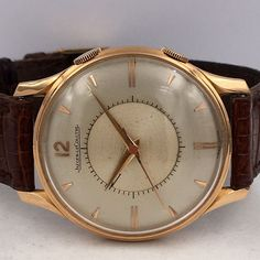 luxury watches under 5000 Jaeger Lecoultre Watches, Boutique Vintage, Luxury Watches For Men, Vintage Watches, Cool Watches, Gold Watch, Pink And Gold, Omega Watch, Jewels