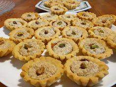 #Minitartacunuca #minitartshelles #minitartwithwelnuts #masasablee #sweetpastry #pastry #dough #cumfacemaluatdetarta #linzer #aluatdetarta #MiniTart #Tart #tartapascupas #recipe #reteta #recept #dioskosarka #fika #smör #Minitartacunuca #minitartshelles #minitartwithwelnuts #minitarte #minitartecunucasifistic #fistic #nuca #linzer #aluatdelinzer #aluatdetarta #tarta #retetadetarta #tartapascupas #minitartedePasti #minitartedepasti #minitartecuiburi #cuibdepasarecunuca #retetacuibdepasare… Romanian Desserts, Sweet Pastries, Fika, Apple Pie, Muffin, Sweets, Breakfast, Gem, Recipes