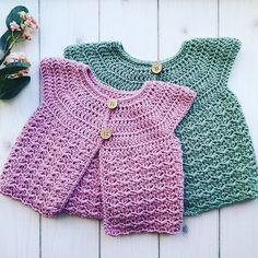 Hæklet cardigan til lillepigen - Lillefryd Crochet Romper, Newborn Crochet, Crochet Baby, Knit Crochet, Baby Patterns, Dress Patterns, Crochet Patterns, Romper Pattern, Crochet Cardigan Pattern
