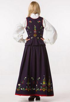 Lofotbunad Folk Costume, Costumes, Scandinavian Fashion, Norway, Dress Up, Culture, Clothes, Beautiful, Outfits