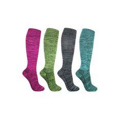 Steunkousen gemaakt van bamboe hebben vele voordelen. Bamboe is milieuvriendelijk, zacht (= ideaal voor de gevoelige huid) en houdt uw voeten koel als het warm is en warm als het koud is. Deze steunkousen hebben een lichte compressie waardoor ze uitermate geschikt zijn voor dagelijks gebruik. Draag de kousen om vermoeide, pijnlijke benen te voorkomen. Daarnaast helpen de kousen ook bij (lichte) spataderen. Butik21.nl | €15,90