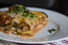 """No-Noodle Eggplant Zucchini Lasagna Lightly salt and sweat the eggplant and zucchini before layering and baking (Otherwise it gets """"runny"""") Eggplant Zucchini, Zucchini Lasagna, Keto Lasagna, Eggplant Lasagna, Lasagna Recipes, Eggplant Recipes, Casserole Recipes, Pasta Recipes, Veggie Recipes"""