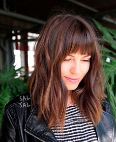 Stumpfe Bob-Frisuren mit Pony im Trend 2019 Dull bob hairstyles with bangs in trend 2019 Haircuts For Frizzy Hair, Long Face Hairstyles, Long Bob Haircuts, Cool Haircuts, Stylish Haircuts, Haircut Long, Hairstyles 2018, Easy Hairstyles, Gorgeous Hairstyles