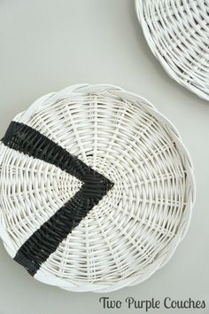 Transform Plain Wicker Chargers Into Home Decor With Paint   Easy DIY Idea  For A Tribal