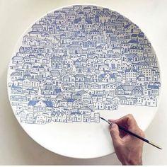 assiette-en-ceramique-belle-argile-ceramique-ceramique-art-peinture-ceramique/ delivers online tools that help you to stay in control of your personal information and protect your online privacy. Cerámica Ideas, Hand Painted Plates, Hand Painted Pottery, Hand Painted Ceramics, Ceramic Painting, Blue Painting, Ceramic Artists, Painting Art, Ceramic Plates