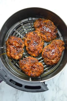 Air Fryer Loaded Mini Meatloaf - Who Needs A Cape? Air Fry Recipes, Air Fryer Dinner Recipes, Air Fryer Recipes Easy, Beef Recipes, Cooking Recipes, Healthy Recipes, Hamburger Recipes, Ketogenic Recipes