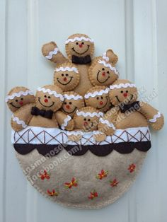 Felt Christmas, Christmas Time, Christmas Crafts, Christmas Decorations, Xmas, Holiday Decor, Gingerbread Ornaments, Gingerbread Cookies, Cupcake Shops