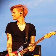 We miss you too much @TommyJoeRatliff ! And we hope something will make you happy :-)