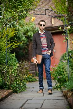 RALPH LAUREN: Denim and Supply knit sweater, a corduroy brown blazer from Frank and Oak Great Clothes For Men, Mens Trends, Denim And Supply, Fashion Outfits, Mens Fashion, Well Dressed Men, Good Looking Men, Guys And Girls, Stylish Men