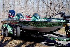 Bass Boat by Steel Skinz Graphics.  www.SteelSkinz.com
