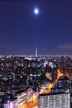 "500px / Photo ""Moonlight Tokyo"" by shiroooooooo"