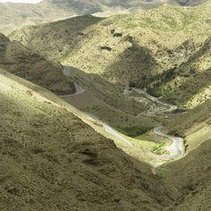 Droga przez góry Atlas w Maroku