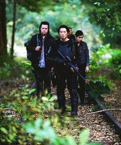 Josh McDermitt (Eugene), Steven Yeun (Glenn), and Alanna Masterson (Tara).