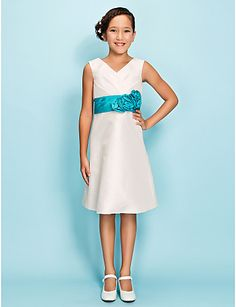 Junior Bridesmaid dress - Light in the box. Change belt to Watermelon.