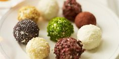 Goats Cheese Truffles _ Really cute and tasty little balls of yumminess. Makes 18–20.