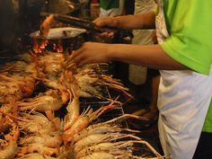 Yaowarat (China Town) - Yaowarat was constructed in King Rama 5th, it is about 1 kg long or called Mung Korn 'Dragon Road' Yaowarat is a must visit place for food...