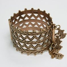 Vikings, Medieval, Bracelets, Gold, Stuff To Buy, Finland, Jewelry, Traditional, Modern