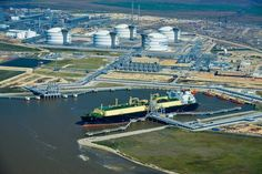 U.S. LNG Exports Make Waves Abroad, Not at Home