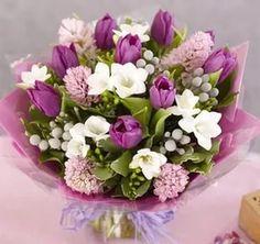 букеты цветов фото с днем рождения: 25 тыс изображений найдено в Яндекс.Картинках