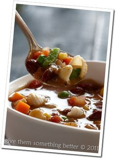 Meatless Monday – Quick and Easy Minestrone Recipe