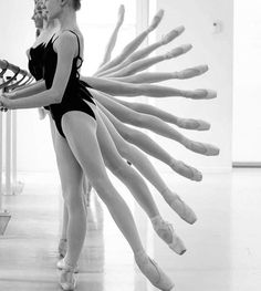 Ballerinas in a fan